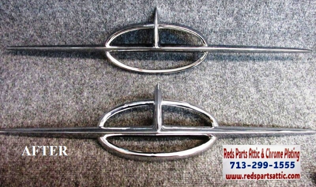 1957 OLDSMOBILE DECK EMBLEMS.