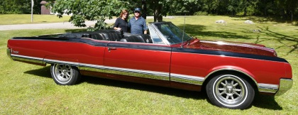 1965 OLDSMOBILE 98 CONVERTIBLE.