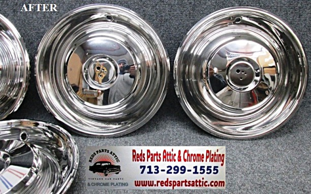 1964 CADILLAC LIMO STAINLESS STEEL HUB CAPS.